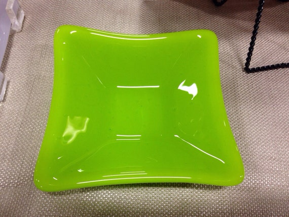 Bright Green Fused-Glass Bowl