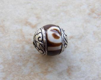 13mm Brown and White Tibetan Silver Dzi Bead, 1 PIECE (INDOC724)