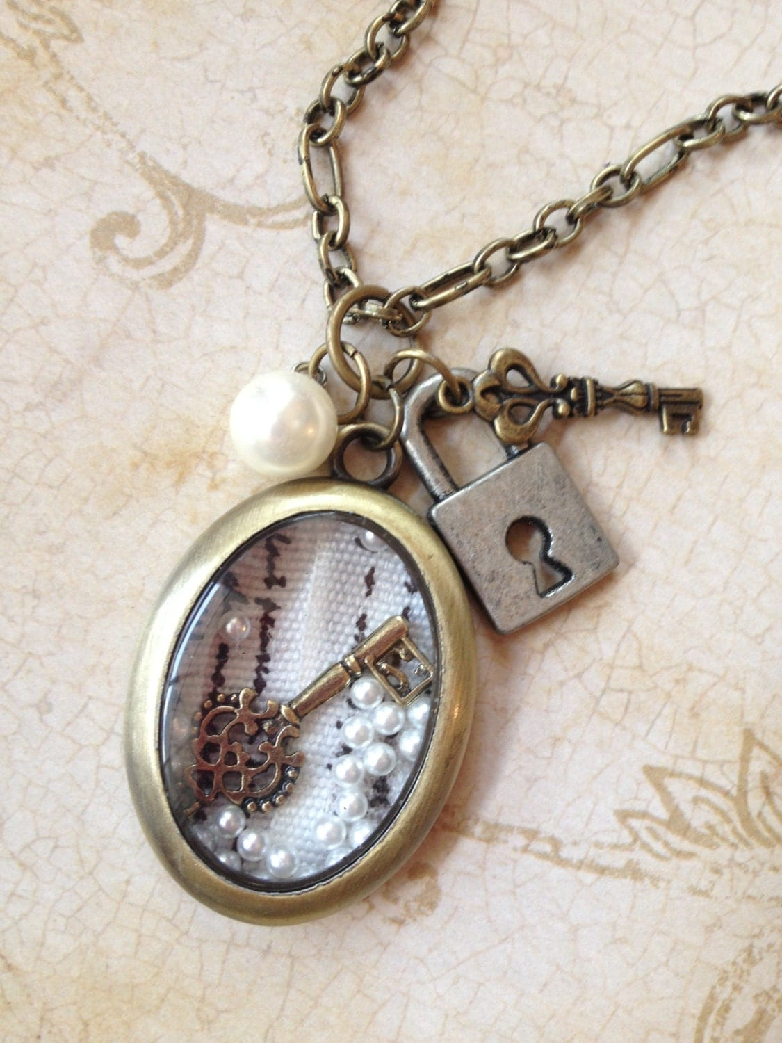 lock and key charms locket pendant necklace jewelry
