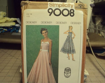 Gunne Sax style in Simplicity pattern 9008--sun dress in long or short versions, 1970's style