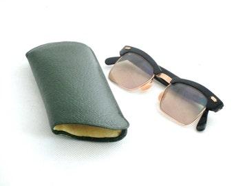 Vintage Retro 60s  Black Gold Shuron Prescription Eyeglasses with etui