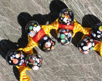 Indonesian glass beads for this Wong knotted bracelet