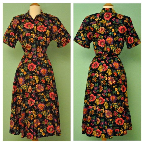 Vintage Floral Shirt Waist Dress with Circle Skirt by R K Originals - Rockabilly 80s Does 50s Retro - Front Pockets Detailed with Sequin