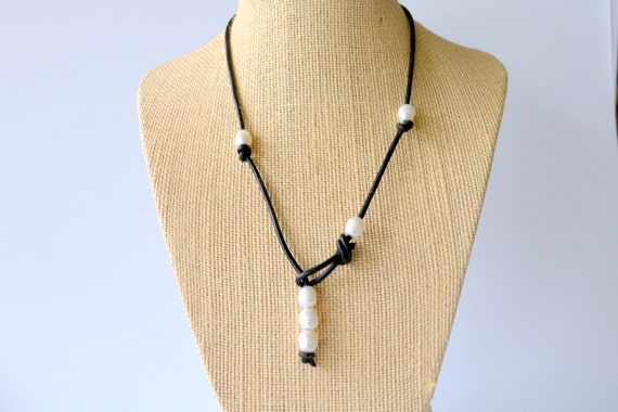 Leather and Pearl Lariat - Black Leather Cord with 6 Freshwater Pearls, Knotted, Non Metallic Jewelry