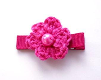 Crochet Flower Alligator Hair Clip in Bright Pink