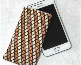 Phone case - Squared seed bead crocheted phone case bag pouch pattern handmade beige yellow topaz