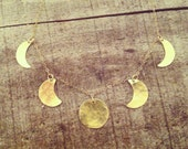Moon phase necklace : Brass