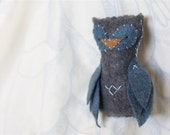Felt Owl Ornament // Grey and Blue