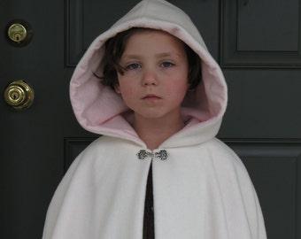 Girls Fleece Cloak size 3 or 4