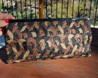Vintage 1960's EMBROIDERED design PATENT LEATHER framed clutch bag purse