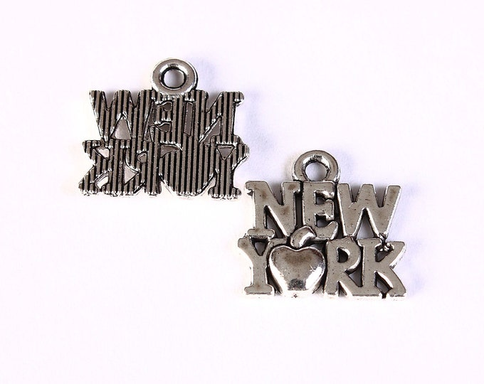 New York charm pendant silver color - 14mm x 15mm - 4 pieces (1333) - Flat rate shipping