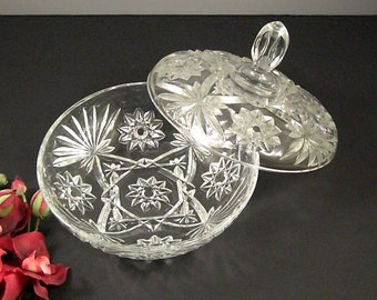 Large Pressed Glass Candy Dish with Lid  // Vintage Anchor Hocking // USA 1972