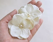 Ivory or White Bridal Hydrangea Hair Flowers Wedding Hair Accessory, Small Flower Hair Clips, Bridal Flowers with Pearls, Hairpiece, Blush