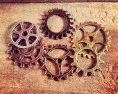 6 Pcs Gear Set Charms Steam punk charm gears Gear Pendant GG31