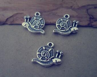 30pcs of  Antique silver snail Charms pendant 16mmx19mm