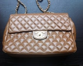 Vintage quilted bag with chain strap