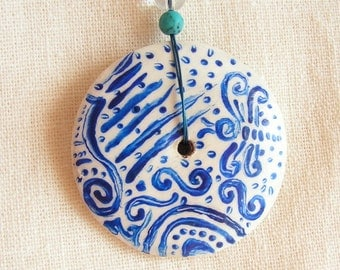 Hand painted carved wooden pendant turcmenite rock cristal blue white silver circle stripes waves butterfly jewelry