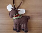 Christmas Ornament - moose - holly wreath