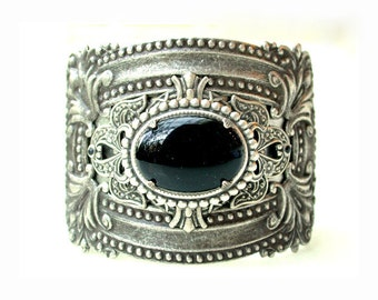 Gothic Silver Cuff - Black Onyx Gemstone Cuff Bracelet - Game of Thrones Jewelry - Black Stone Bracelet - Game of Thrones