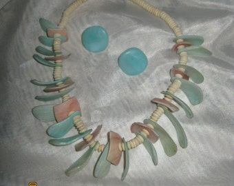 Vintage Beach Theme Necklace and earrings - Item 14-1175