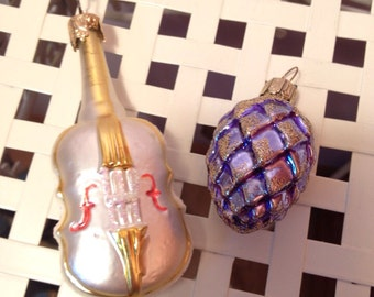 Vintage Christmas Pinecone Blue & Gold Glass Ornament