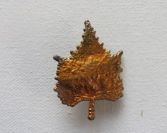 Vintage Maple Leaf Pin