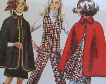 Nothing says Fall like a Cape Misses pattern vest, skirt and pants too! Simplicity 8353