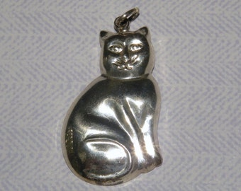 Sterling Silver CAT Pendant with 32 inch Italian Sterling Box Link Chain