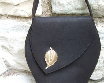 1950s Brown Felt Suede Stylish Handbag