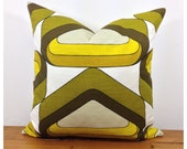 "1970s Vintage Retro POP Art Throw Pillow. 16"" x 16"" Retro Graphic Cushion Cover"