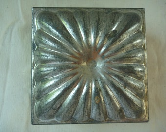 Vintage French Tin/Tole Cake Mold Box