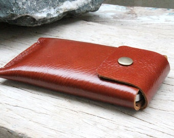Classic branch brown leather iphone case with closure