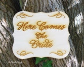 Here COMES the BRIDE Wedding Sign Ring Bearer Sign PHOTO PRoP Large Scroll Wooden Photo Props with Jute Twine