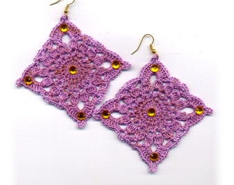 Crochet earrings, violet, lilac, handmade, square, strass, golden, thread, cotton,  rumble, modern style, #E172