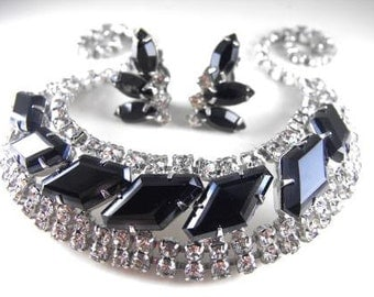 Black Rhinestone Necklace Earrings Set Classic Clear Rhinestone Accents Vintage Bib Style Beauty