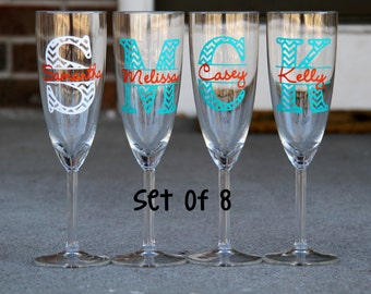 Set of 8 Champagne Flutes - Chevron Monogram with Name - Choose 2 colors - Great for your whole bridal party or your girlfriends!