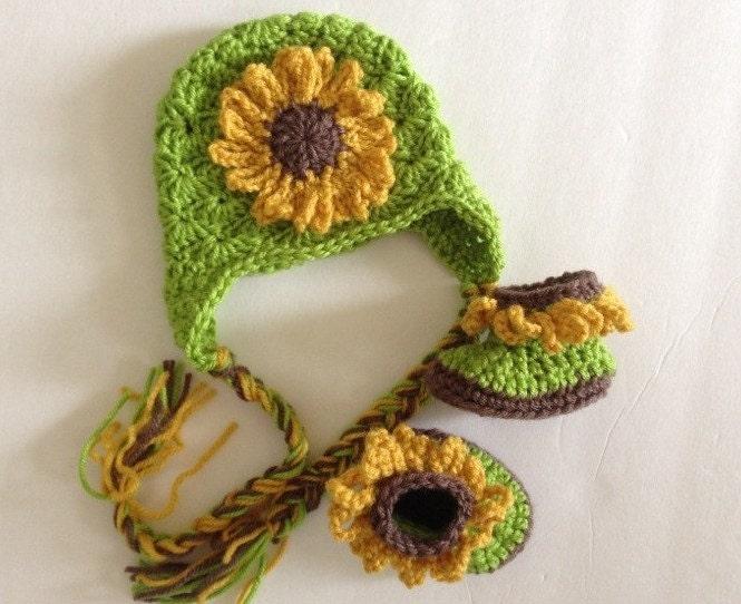 Sunflower Crochet Baby Hat Pattern : Crochet Baby Hat and Booties Newborn Halloween Sunflower