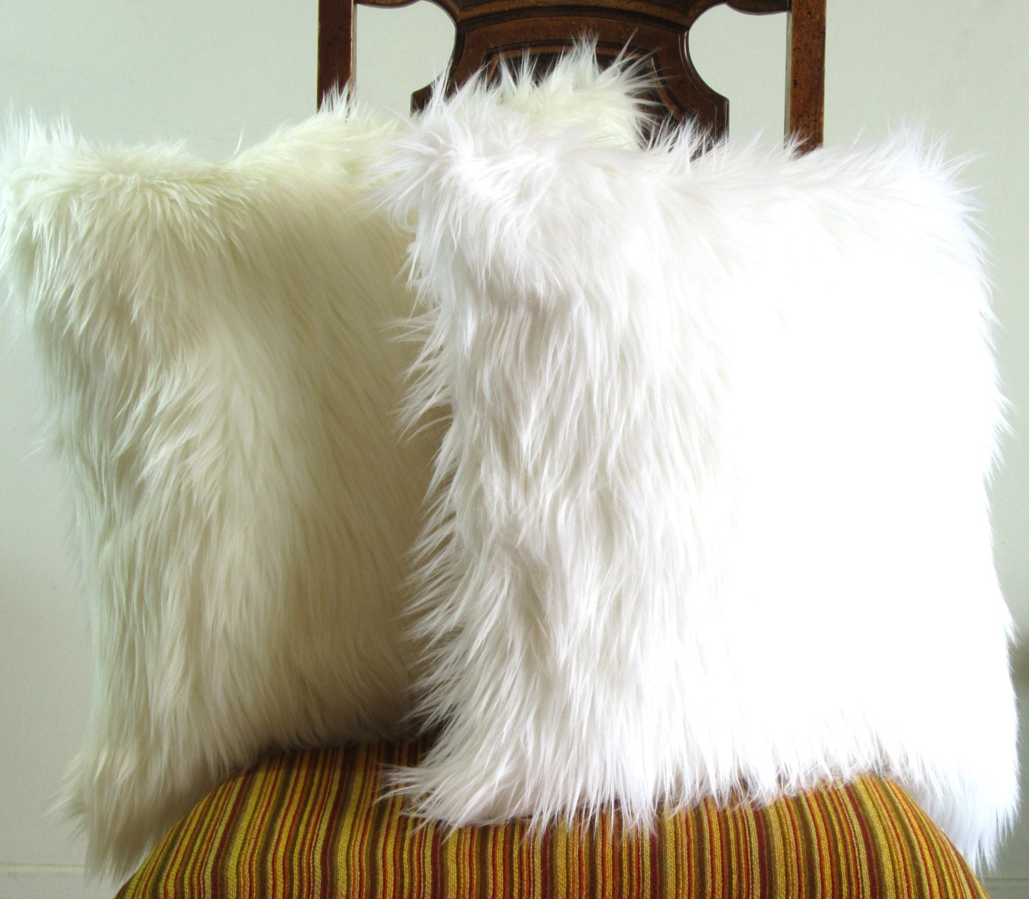 white fur pillow throw 16 x 16 fluffy white fur white seude. Black Bedroom Furniture Sets. Home Design Ideas