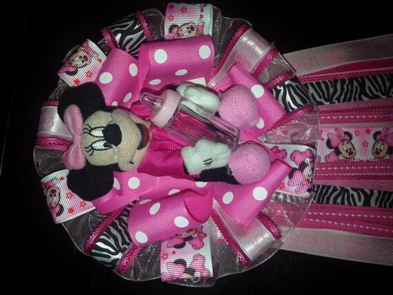 Minnie Mouse Baby Shower Corsage por DKEEPSAKES en Etsy