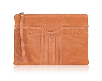 FABLE. Leather wristlet clutch / leather clutch purse / wristlet / simple clutch / leather pouch. Available in different leather colors.