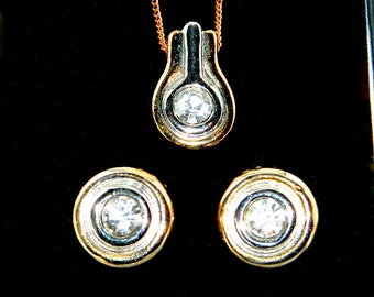 Vintage Pendant Necklace Earrings Set Swarovski Crystals Gold Tone Silver Tone From de Barra Jewellery Kenmare Ireland