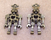 2 Beads Charm robots bronze Plated Victorian Pendants Base Beads ----- 24mmx 46mm ----- 2Pieces 2P