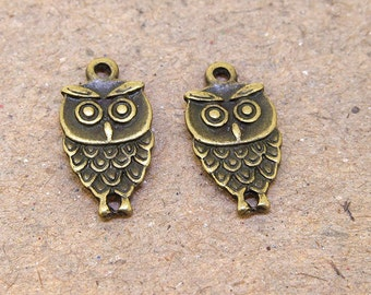 10 Beads Charm  Owl Pendants  bronze Plated Victorian Pendants fitting Base Link Beads ----- 18mmx 10mm ----- 10 Pieces 2O