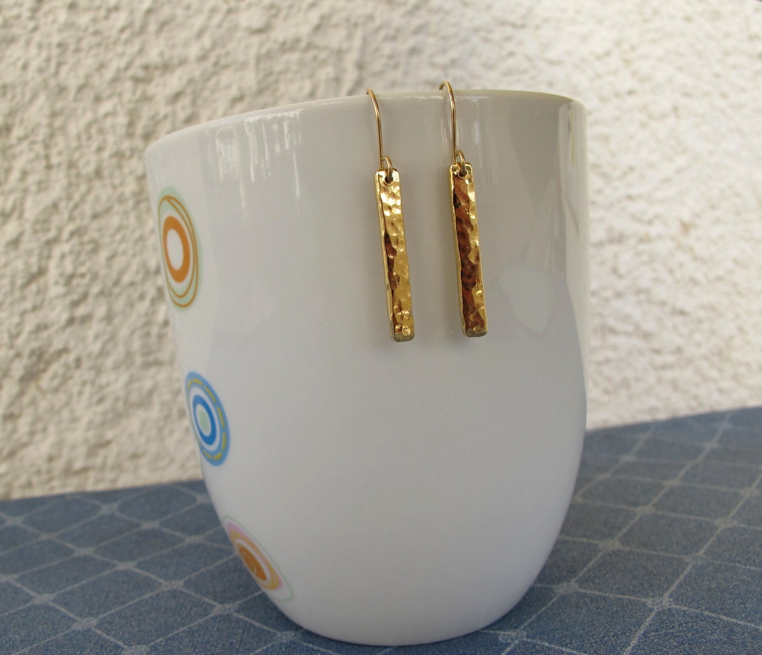 Bar dangle Earrings, gold hammered bar earrings for every day. hammered rods.