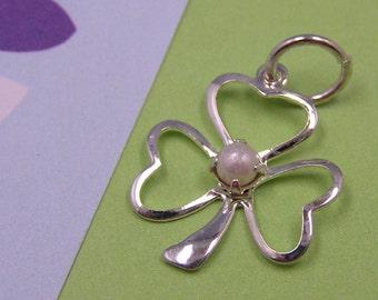 T6 Silver Shamrock Charm with Pearl - 4-Leaf Clover Leprechaun Irish Good Luck