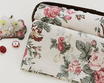 Linen Blend Cotton Linen European Roses - White - By the Yard 40785