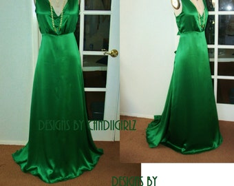 1930s Ins READY to ship Romantic Julia Custom made Silk Emerald green V plunge Back low cut Bias cut Long Evening Event Bridal Wedding Dress