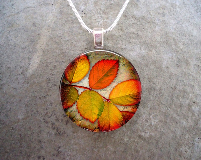 Autumn Leaf Pendant Jewelry - Glass Necklace - Autumn Leaves 3