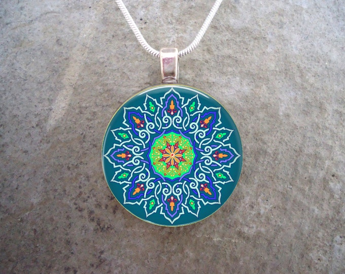 Celtic Jewelry - Glass Pendant Necklace - Celtic Decoration 41