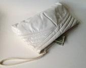 Vintage 1980s White Wristlet Clutch